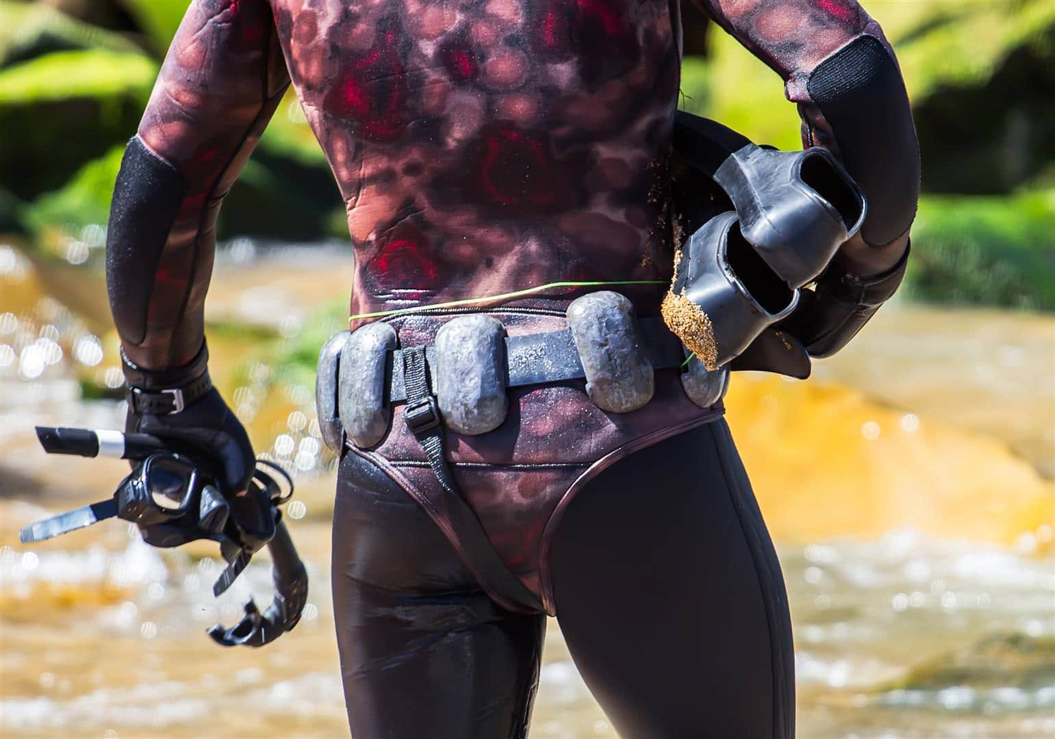 How to setup your spearfishing weight belt